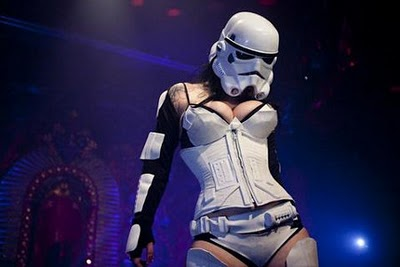 This is my proper Star Wars fantasy from now on, forget about Leia... :)