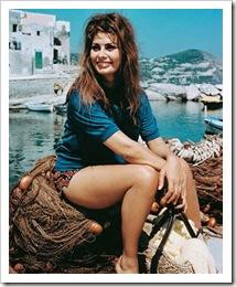 Sophia-Loren-Photograph-C10048317