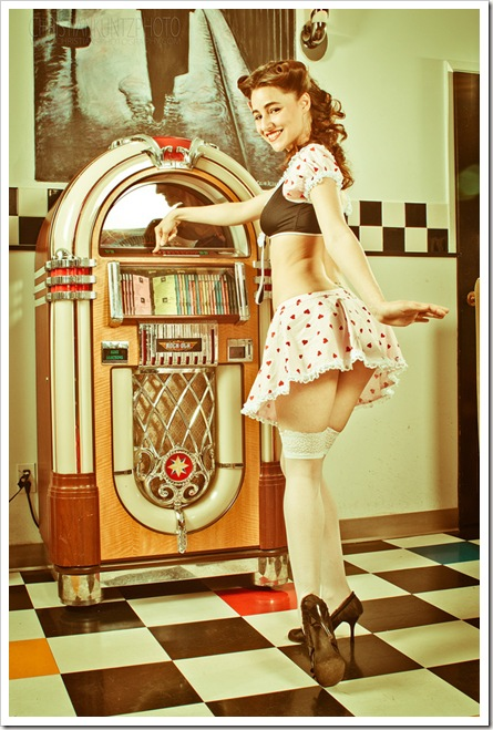 Pinup_Sweetheart_by_angi87