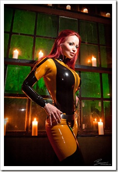 bianca beauchamp as silk spectre