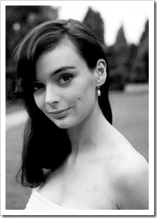600full-barbara-steele (9)