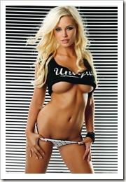 lghr18174glamour-model-frida-frida-reuterskiold-poster