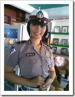 indonesian-police-girls09