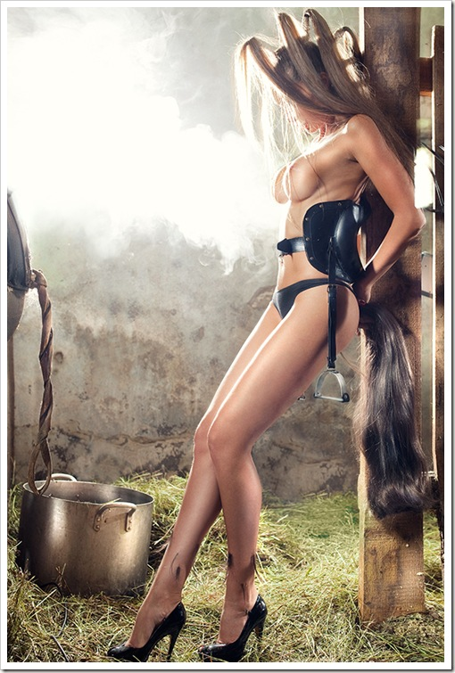sexy nude pony girl