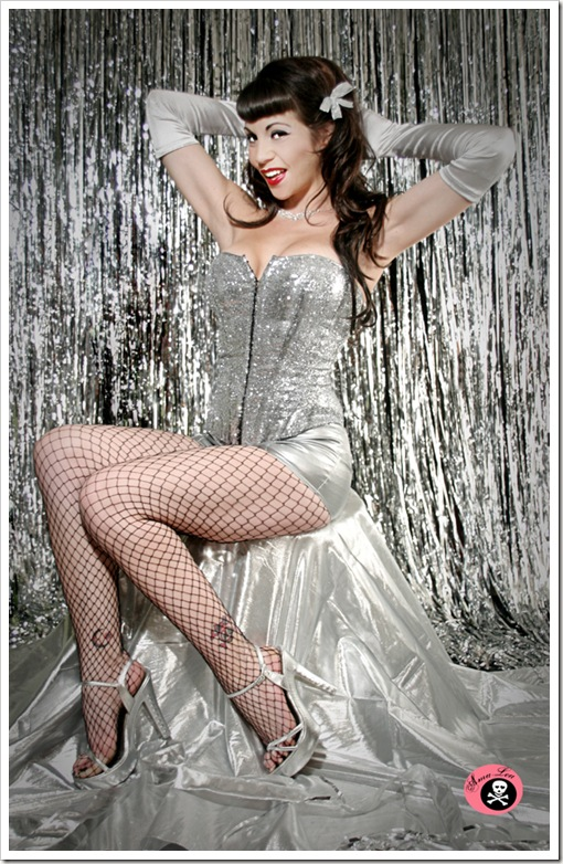 Happy_New_Year__s_Pin_Up_by_CrooshxPhotos