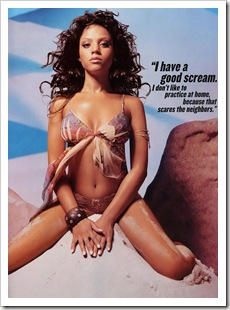 bianca_lawson_hot_in_desert_3