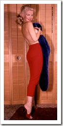 1958.10.01 - Mara Corday