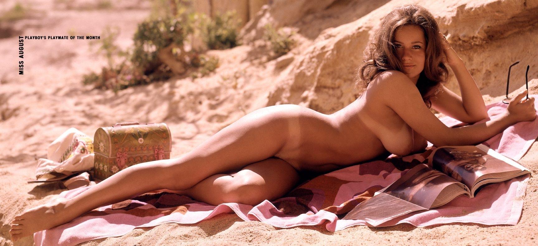 Manuela arcuri nude playboy it-3386