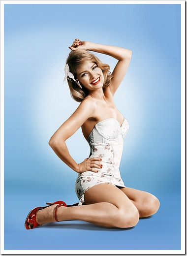 anita briem pinup