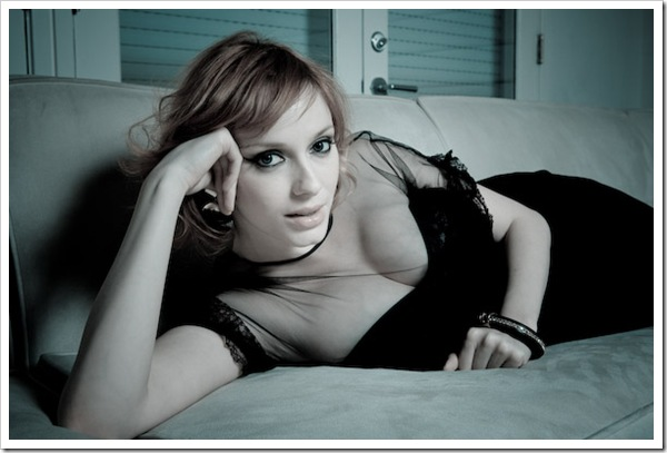 christina-hendricks-10