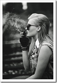 smoking_beauty_by_pictureputtonen-d47spre