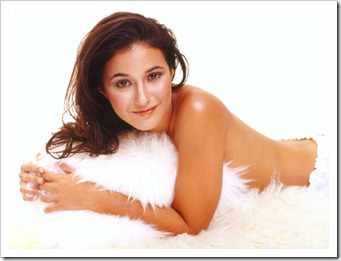 Emmanuelle Chriqui wallpaper (4)