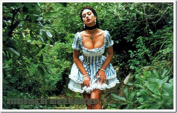 monica_bellucci_20091212_0003_1440x900