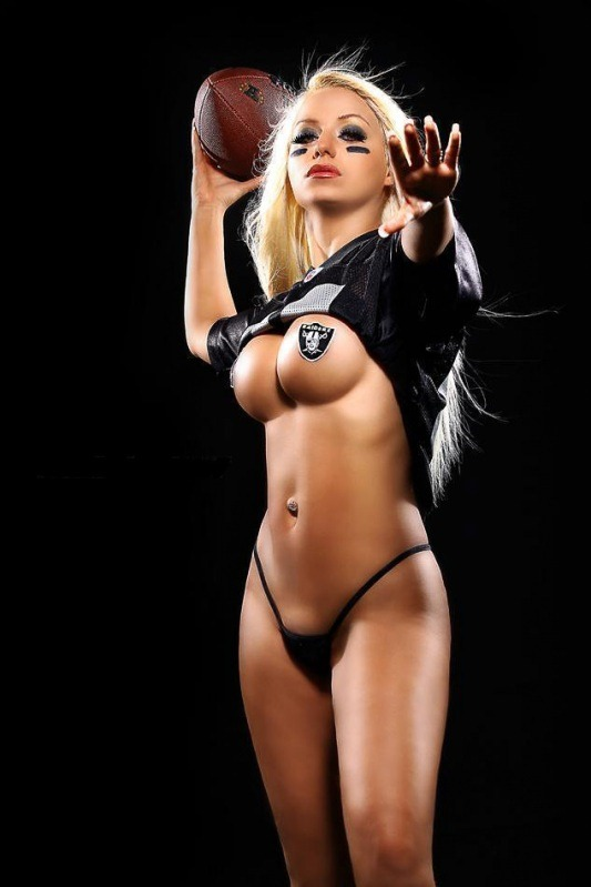 Sexy nfl cheerleaders na the same