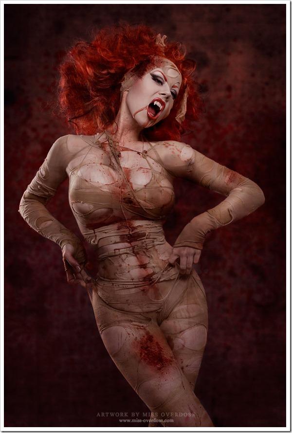 vampire_gorelesque_by_ophelias_overdose-d4e4gul
