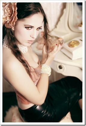 boudoir_by_azaminda-d47zx45_thumb[1]
