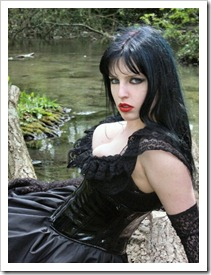 nice_gothic_girl_near_water