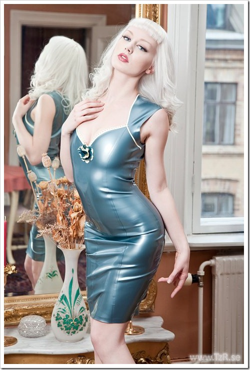 latex pinup