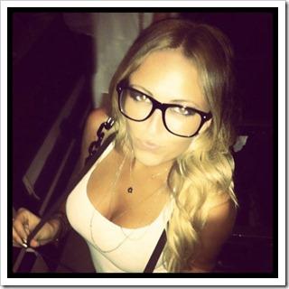 sexy w glasses (3)