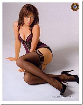 Olga-Kurylenko1