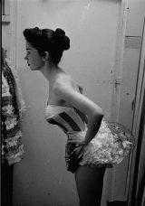 Las-Vegas-showgirl-Dale-Strong-1952-nn (1)